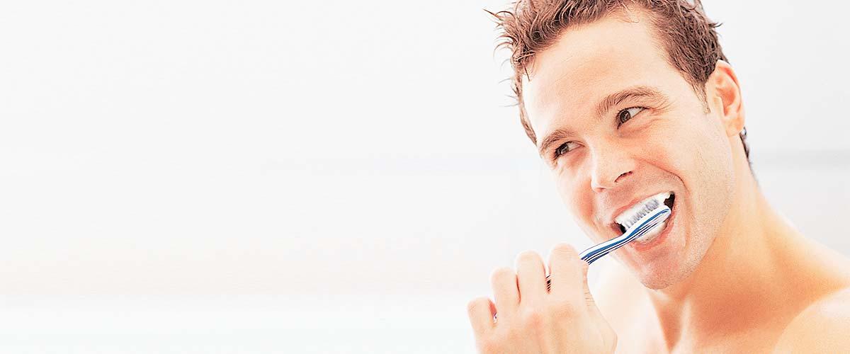 Prophylaxe – Professionelle Zahnreinigung in der Zahnarztpraxis Kisters, Witten