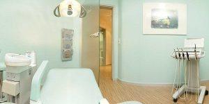 Behandlungsraum 2 in der Zahnarztpraxis drs. Kisters in Witten – Link zum Panorama